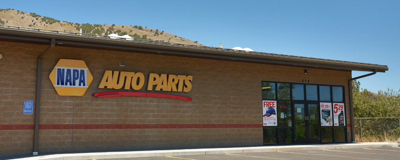 NAPA auto parts exterior built by Center Point